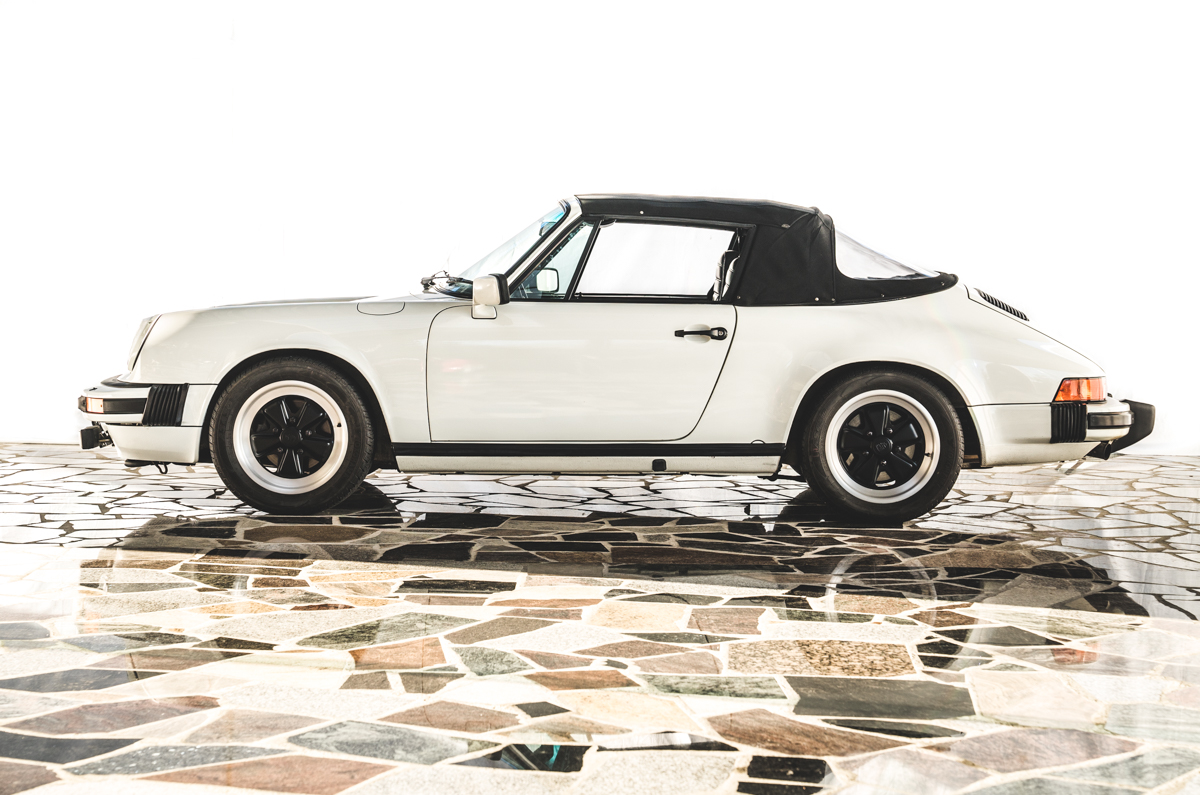 porsche 911 sc cabrio 1983 collectorsportscars. Black Bedroom Furniture Sets. Home Design Ideas